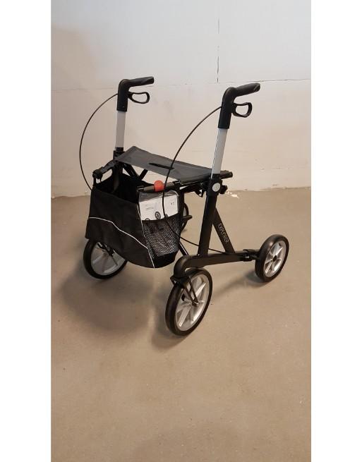 Lichtgewicht rollator XL tot 200 kg.
