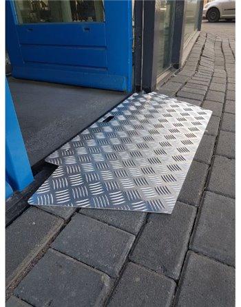 Oprijplaat / drempelhulp aluminium 73 x 38 cm.